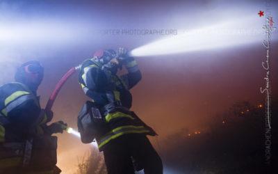 Au plus près des flammes… les photos sur l'incendie de Carry