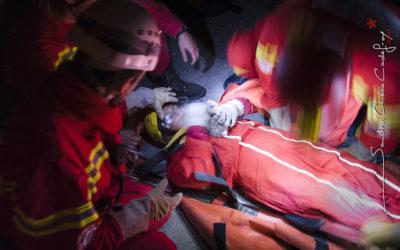 Fillette prise en charge par des secouristes de SSF [Ref:2411-16-0575]