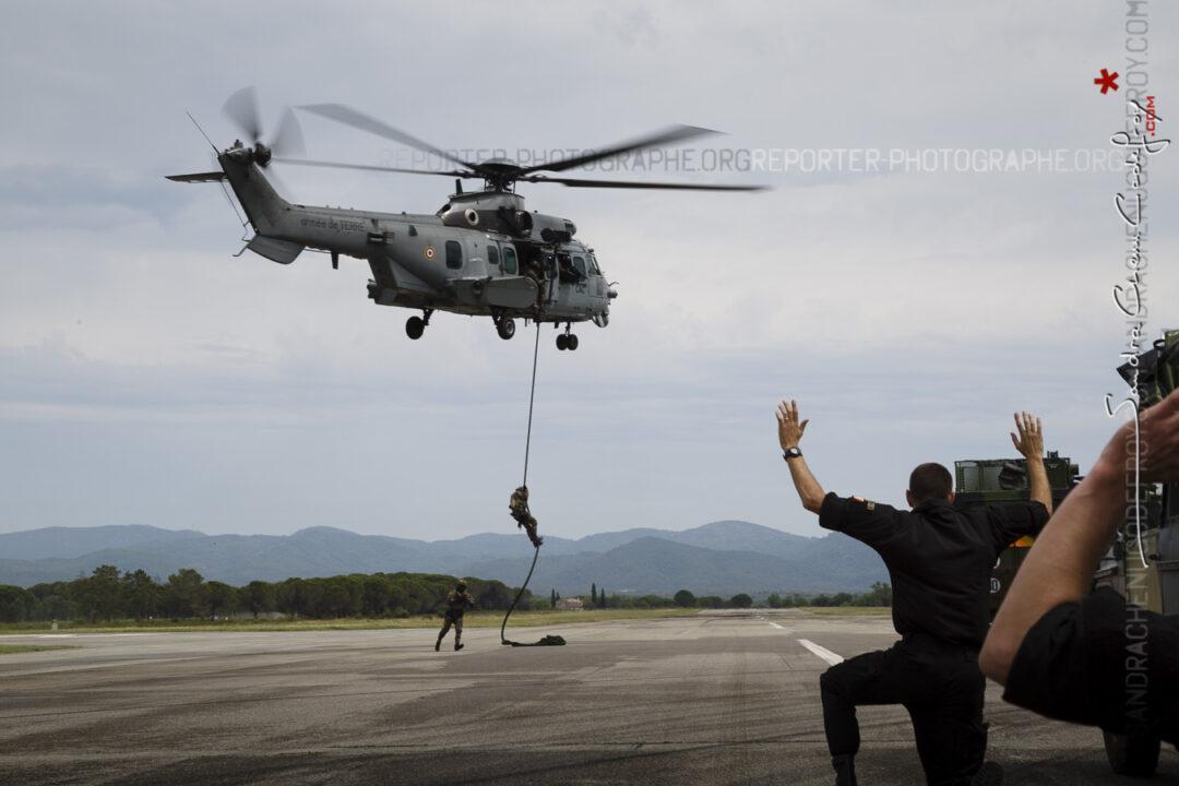 Intervention des forces spéciales depuis un Caracal [Ref:3214-09-1220]