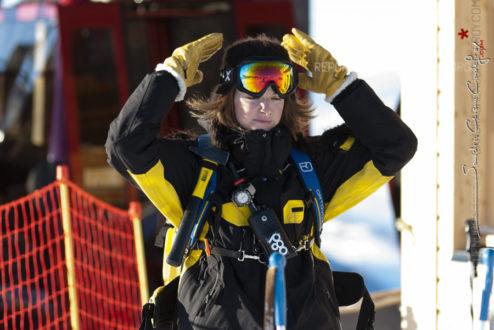 Portrait d'une femme pisteur secouriste [Ref:2310-02-0483]