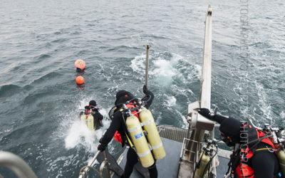 Mise à l'eau de plongeurs de la Marine Nationale [Ref:4310-19-0733]