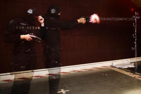 Opérateur du RAID Marseille au stand de tir [Ref:1115-18-0386] Détail