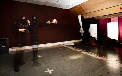 Opérateur du RAID Marseille au stand de tir en multiexpo [Ref:1115-18-0386]
