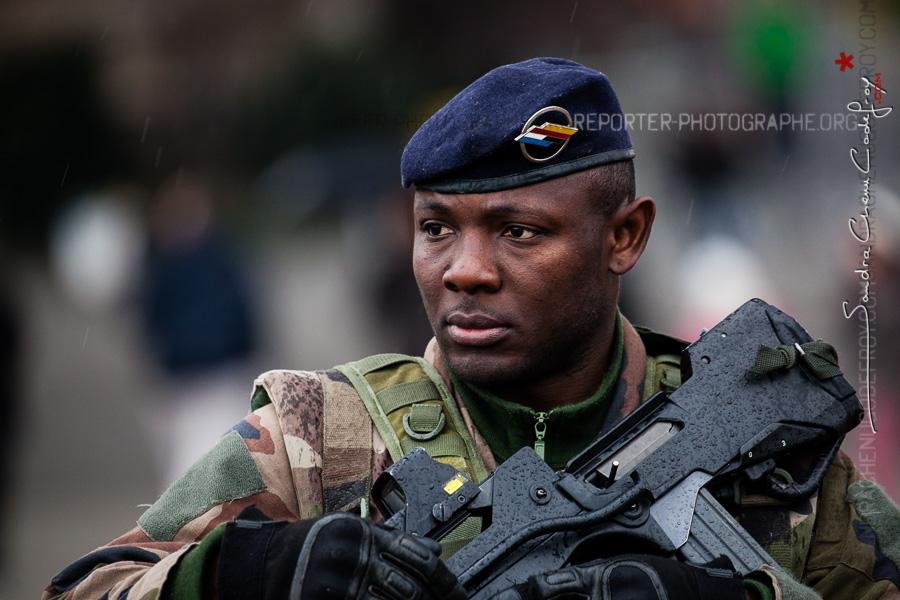 Portrait d'un militaire Sentinelle [Ref:4116-04-0114]