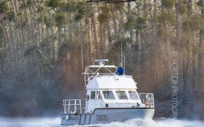 Hélitreuillage sur un bateau de la gendarmerie [Ref:1315-22-0182]
