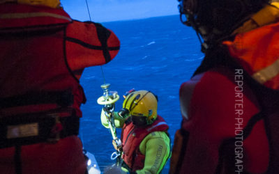 Treuillage en mer du rescue-man [Ref:3212-01-0460]