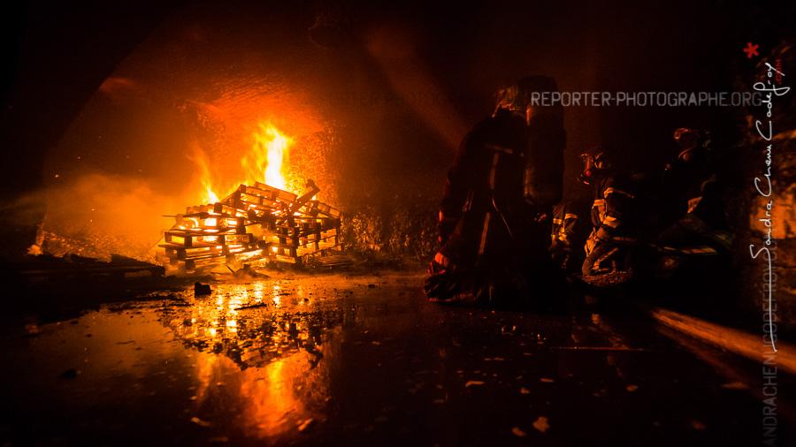 Sapeurs pompiers du 63 en formation à Domont [Ref:2116-21-0510]