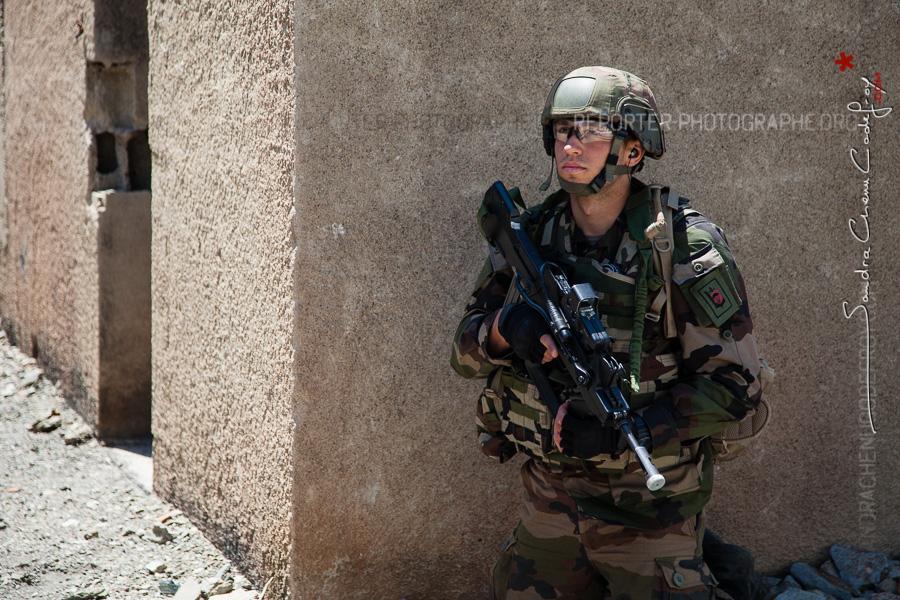 Soldat en entraînement au CNEC [Ref:4316-14-0522]