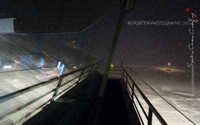 Tour de contrôle de Longyearbyen dans la nuit polaire [Ref:3212-01-1113]