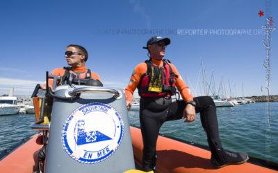 Patrouille des sauveteurs en mer de la SNSM [Ref:2210-14-0171]
