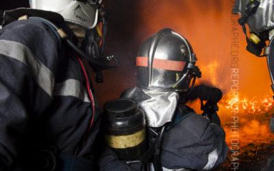 Sapeur-pompier en pulsing [Ref:2116-05-0583]