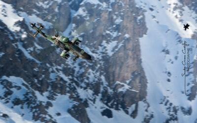 Vol en montagne d'un hélicoptère EC 665 Tigre